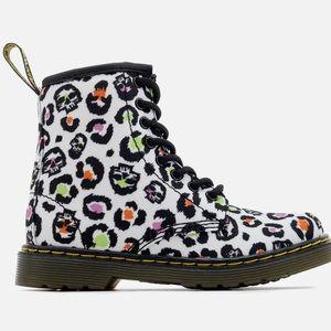 Dr. Marten kids Delaney canvas leopard boots